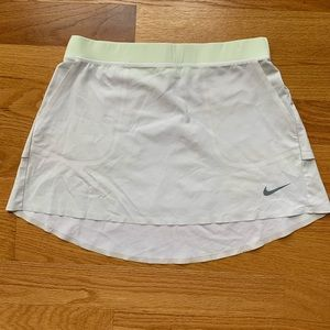 Nike Dri-fit Golf Skirt White w/yellow band Sz S